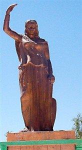 P06.Statue_of_Dyhia_in_Khenchela_(Algeria)